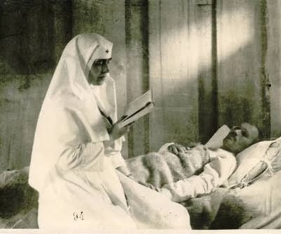 Imagini pentru Regina Maria asistenta medicala  photos